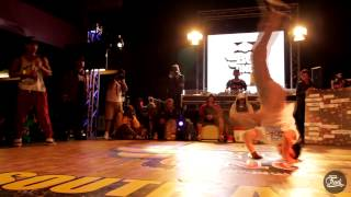 getlinkyoutube.com-Toufeeq vs Jazzie ♦ South Africa Red Bull BC One Final 2014