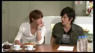 getlinkyoutube.com-Mao & Daisuke - Punishment game  & tasting