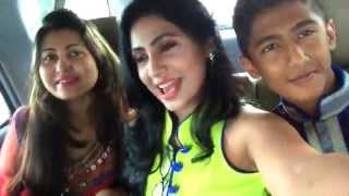 getlinkyoutube.com-Alisha Pradhan Bangla actress Fun Drive with family/ Road comedy