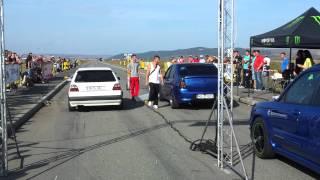 getlinkyoutube.com-Golf 2 GTI vs Dacia Logan @ Transilvania Drag Race