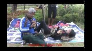 getlinkyoutube.com-Terekam Camera Saat Orang Digigit Ular Hijau Berbisa - Di Ngawi Jawa Timur