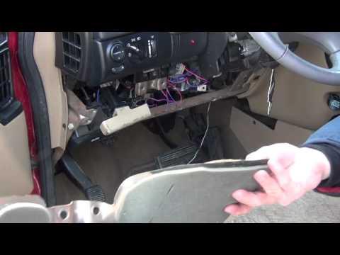 T11777447 Need 1999 dodge durango fuse panel in addition 2009 Dodge Journey Window Regulator Diagram together with Dodge Ram 1500 2000 Vin Location together with  on 2001 dodge caravan speaker wiring diagram