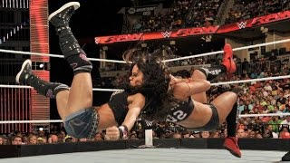 WWE RAW 09.22.14 AJ Lee vs. Nikki Bella (720p)