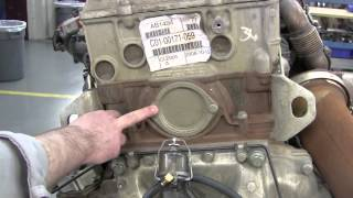 getlinkyoutube.com-Rigorous inspection and quality testing on a 700,000 mile Detroit DD15 Engine
