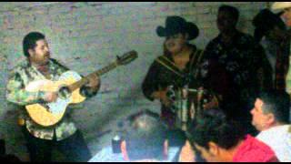 getlinkyoutube.com-Cornelio Vega - Andan Diciendo