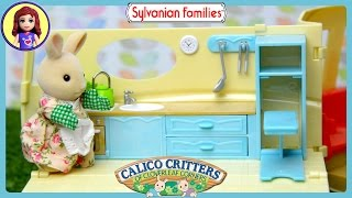 getlinkyoutube.com-Sylvanian Families Calico Critters Campervan and Red Car Saloon Unboxing Review - Kids Toys