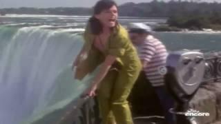 getlinkyoutube.com-Superman II - Niagara Falls Scene