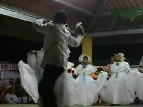 el gallo y la gallina folklor Panameño