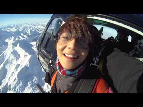 Lee Taemin is skydiving in Swiss Alps