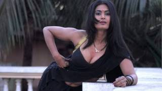 getlinkyoutube.com-Savita bhabhi Ke Sexy Solutions on Long & Strong Hair