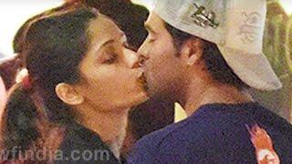 getlinkyoutube.com-TOP 5 l Shruti Haasan Hot Cleavage l Frida Pinto Hot Kissing Scene & more...