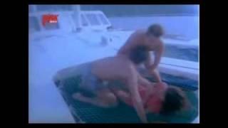 getlinkyoutube.com-Banu Alkan Tolga Savacı Arzu filmi unutulmaz gemi sahnesi