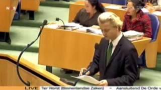 getlinkyoutube.com-Interrupties Geert Wilders in het debat rapport commissie Davids