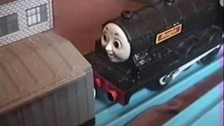 getlinkyoutube.com-Thomas & Friends - Escape! - TOMY/TrackMaster remake 2008