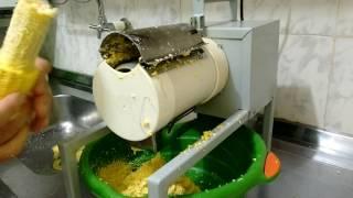 getlinkyoutube.com-Ralador de milho elétrico feito por mim!