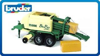 getlinkyoutube.com-Bruder Toys Big Bale Press Krone Big Pack #02015