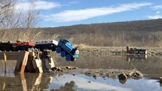 Of course I'll use Thomas: Slow Motion Crash Test