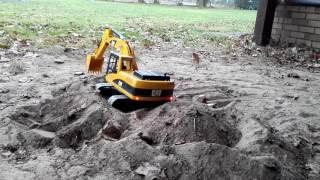 getlinkyoutube.com-Bagger Bruder RC Umbau CTI Titan Zylinder