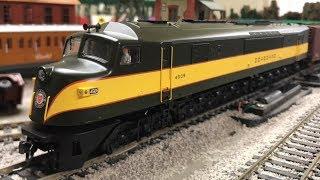 getlinkyoutube.com-So Many Wheels! Baldwin Centipede Seaboard Locomotive With Freight Train