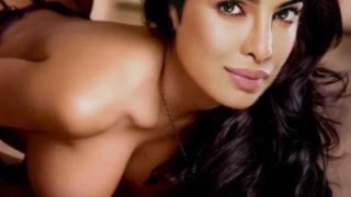 Priyanka Chopra showing her boobs Censored Scene मस्त बूब्स प्रियंका के