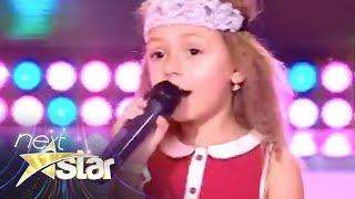 """getlinkyoutube.com-Shakira - """"La La La"""". Interpretarea Patriciei Câmpean, la Next Star!"""
