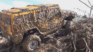 getlinkyoutube.com-Toyota Tundra VS Hummer H2 VS Dodge RAM - RC OFF-Road - mud diggers