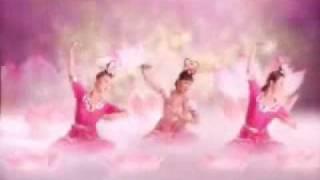 getlinkyoutube.com-tiên nữ múa hoa sen dưới nhạc nền cực hay. chuyên nghiệp