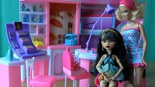 getlinkyoutube.com-Видео с куклами Монстер Хай и Барби, серия 96, Клео решила изменится постричься и сменить имидж
