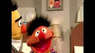 getlinkyoutube.com-Sesame Street - Ernie loves his room!