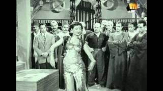 getlinkyoutube.com-رقص نعيمة عاكف في مزيكا العوالم