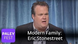 getlinkyoutube.com-Modern Family - Eric Stonestreet on Playing a Gay Parent