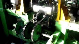 getlinkyoutube.com-Muffler Lock-Seaming Machine(Hanwoo).AVI