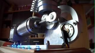 getlinkyoutube.com-Nowy Silnik Stirlinga z prądnicą diodami LED / New Stirling Engine
