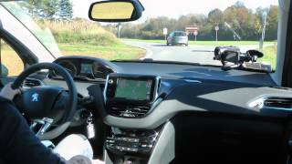 getlinkyoutube.com-Peugeot 208 1.2 VTi 12V Test Drive da HDmagazine.it