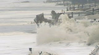 getlinkyoutube.com-Hurricane Sandy: Super Storm Slams East Coast States