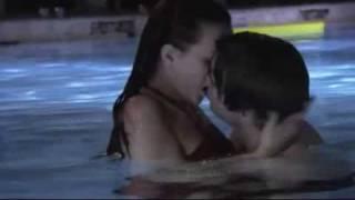 getlinkyoutube.com-Primeira Temporada 1x12 - School Lies - Pool Party - Legendado