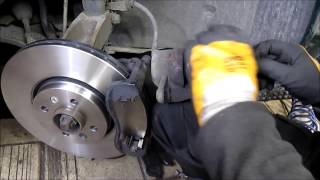 Renault Scenic - Front Brakes Replacement