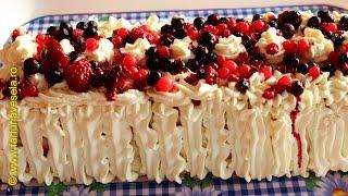 getlinkyoutube.com-Prajitura cu biscuiti, crema de lapte si fructe de padure