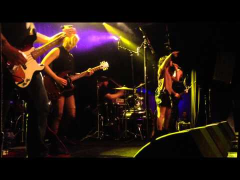 War On Women - Broken Record (live in Amsterdam 14/4/2013)