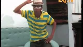 getlinkyoutube.com-Eritrean Comedy Wari Interview - Comedian Ermile 2013 - Part 2