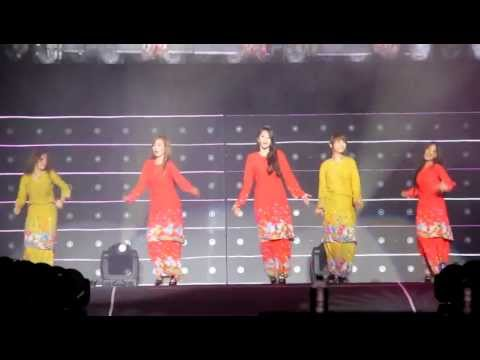 [HD] 20121013 Be My Baby in Baju Kurung - Wonder Girls Wonder World Tour Malaysia 2012 Concert