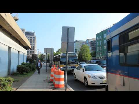 CT Transit Bus: D40LF [32R], NovaBus [31A] & Classic at US1 & Washington Blvd