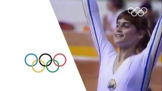 getlinkyoutube.com-Nadia Comaneci - First Perfect 10 | Montreal 1976 Olympics