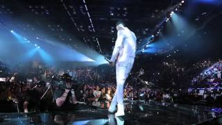 getlinkyoutube.com-Diamond & Davido performing Number One Remix at the  MTV Music Awards 2014