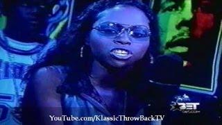 getlinkyoutube.com-Lil' Kim vs Foxy Brown (Rap City Freestyles)