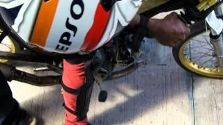 getlinkyoutube.com-HONDA WAVE 125 4valve vs Kawasaki KR 150
