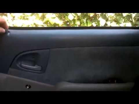 Снятие обшивки при закрытой двери Toyota Yaris Verso Funcargo