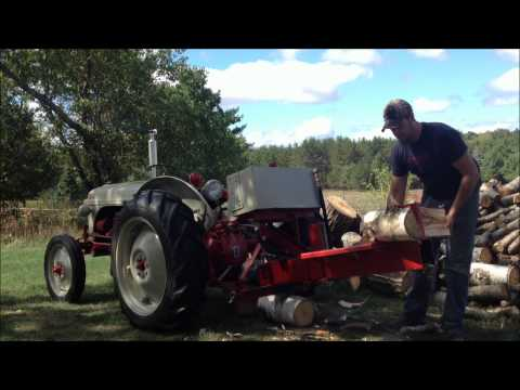 1951 Ford 8N & Wood Splitter.wmv