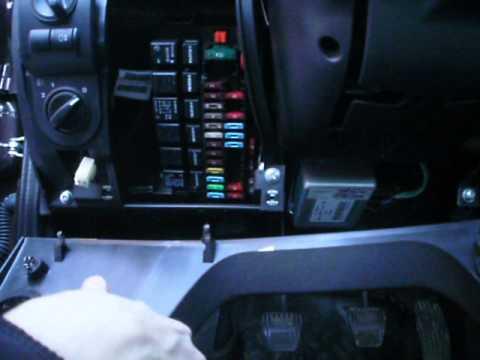 Где предохранитель звукового сигнала у Lada Granta