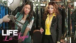 getlinkyoutube.com-Deleted Scenes: What Does a $15,000 Dress Look Like? | Life with La Toya | Oprah Winfrey Network